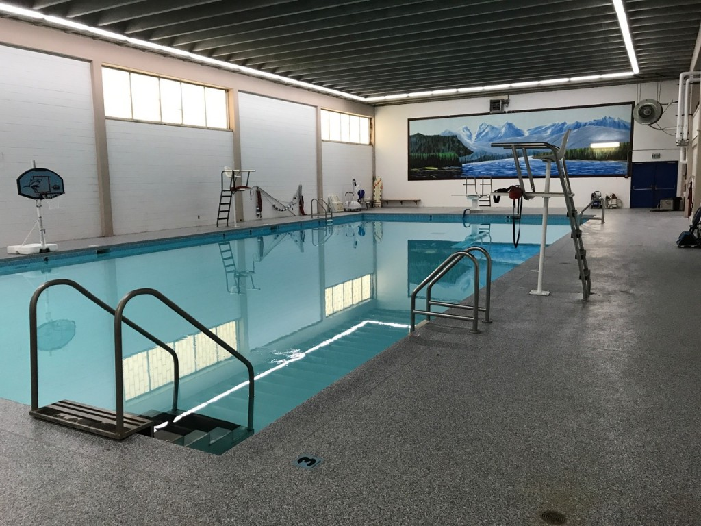 Picture of swimming pool from south end